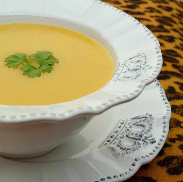 Receita: Sopa-creme de Mandioquinha