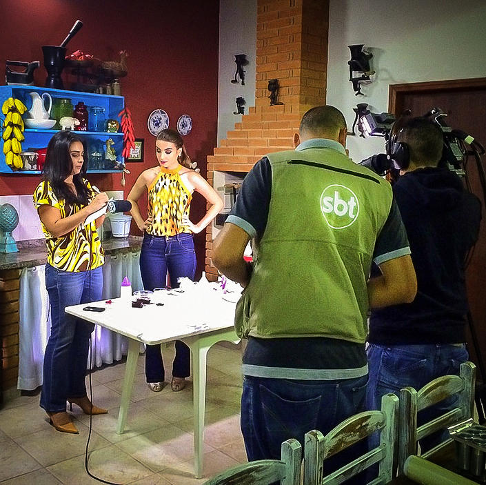 Reprise: Assista aos vídeos com as participações AO VIVO da Gabi no SBT!