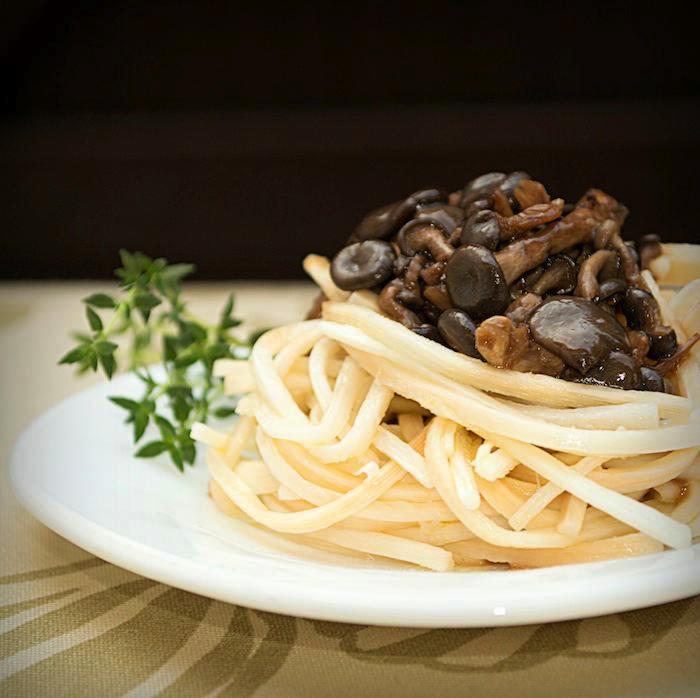 Espaguete 'Fitness' de Palmito e Cogumelo (100 Calorias)