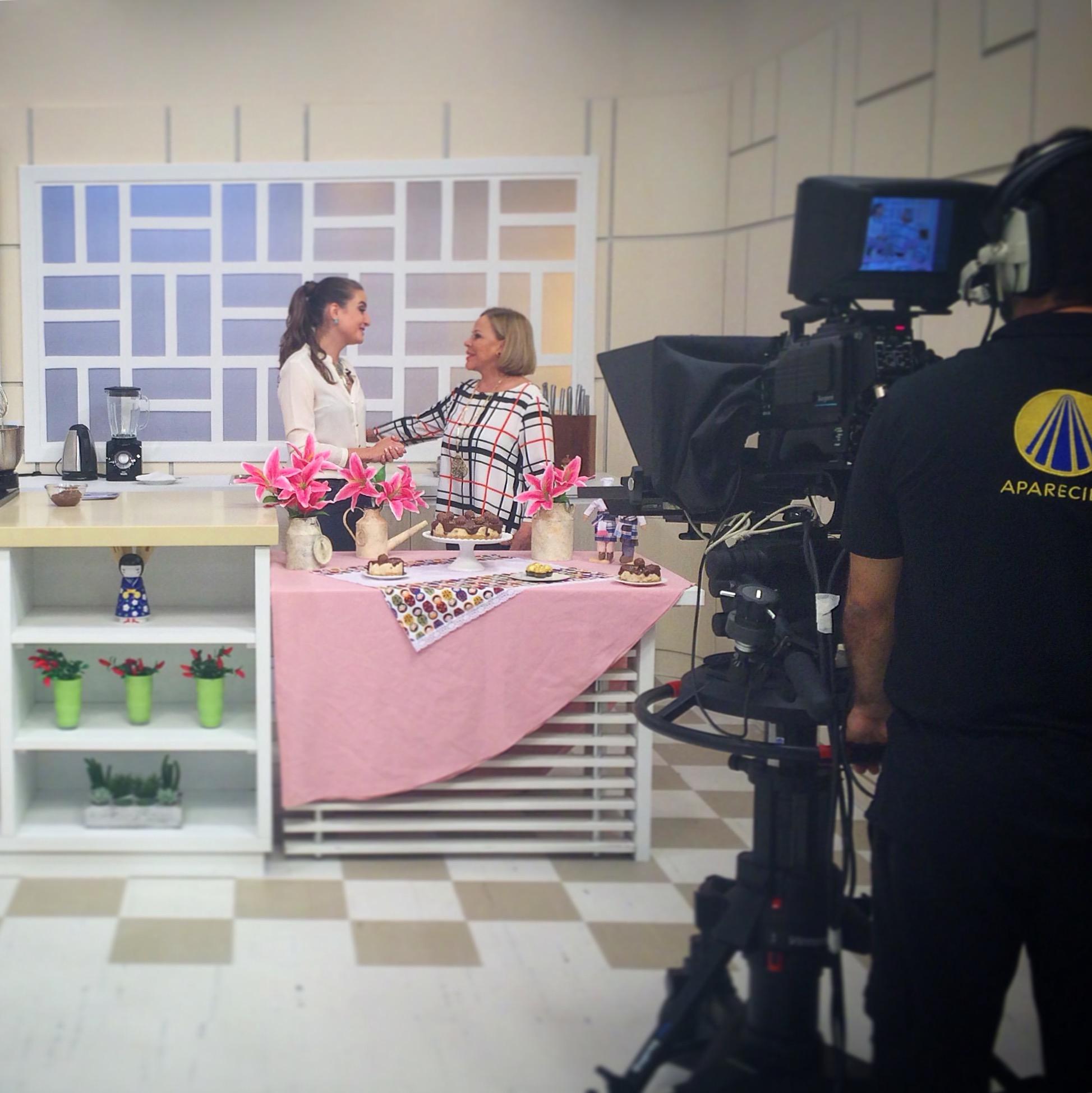 Assista a reprise: 'Cheesecake Ferrero' com a Claudete Troiano (16/10)!