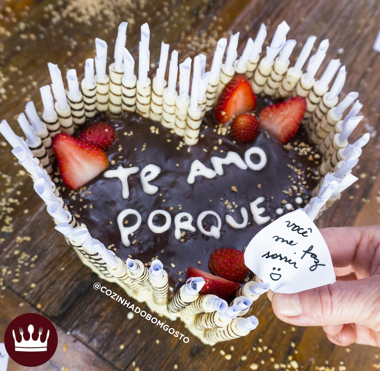 TORTA DE CANUDINHO COM RECADOS (Dia dos Namorados)
