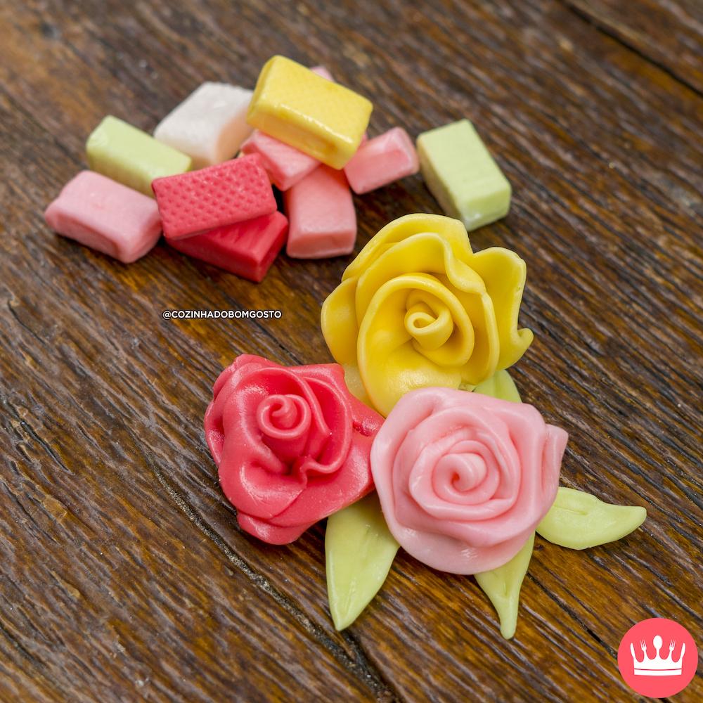 COMO FAZER ROSAS DE BALA (flores super fáceis)