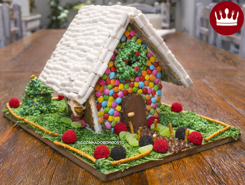 CASINHA DE BISCOITO (GINGERBREAD HOUSE)
